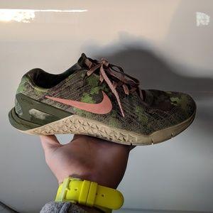 Nike Shoes - Nike Metcons 3